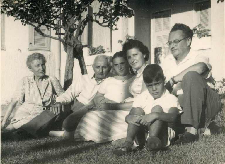 גדי מוזס עם כל המשפחה