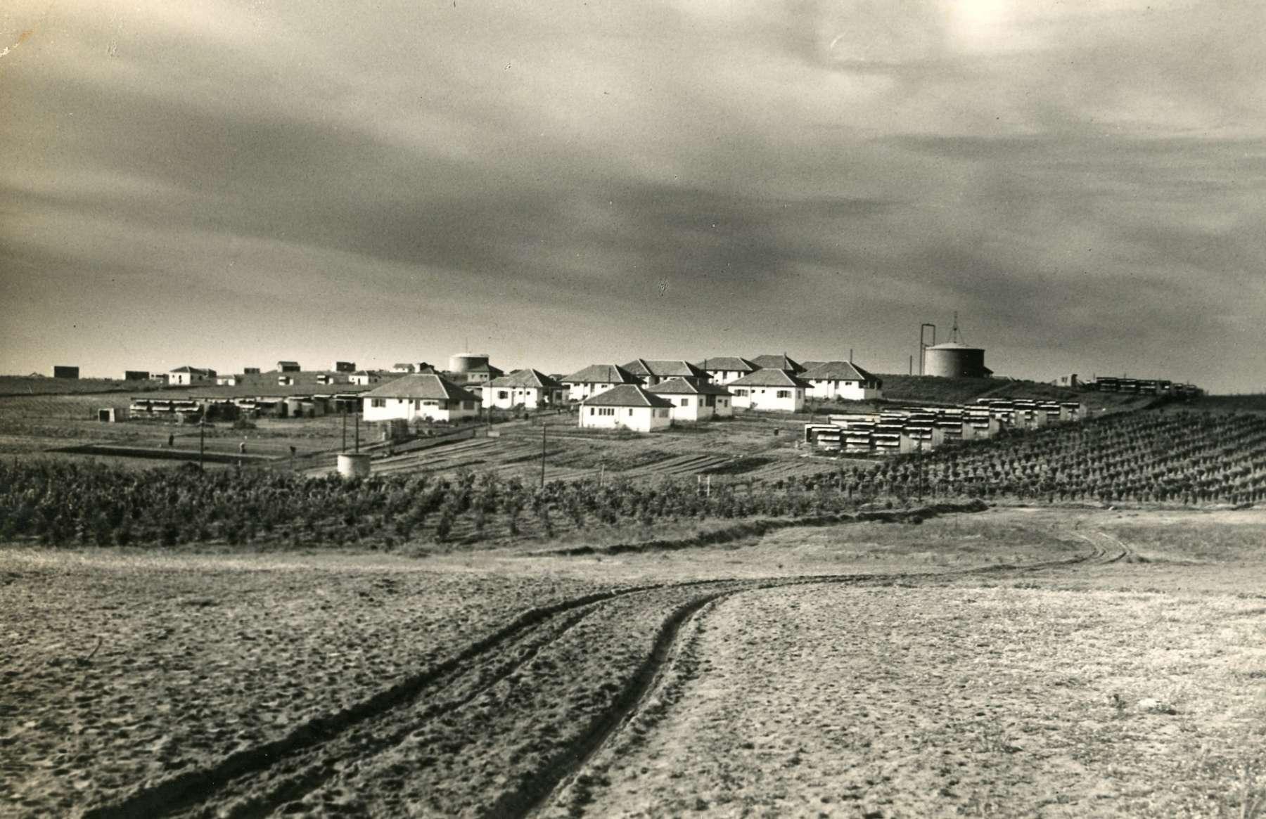 מבט אל רחוב הכרם שנות השלושים_זולטן קלוגר_1006